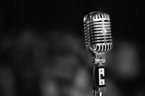 30826_vintage_microphone